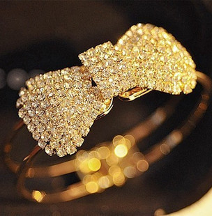 Shiny Claws Drilling Diamond Bow Open Mouth Bracelet
