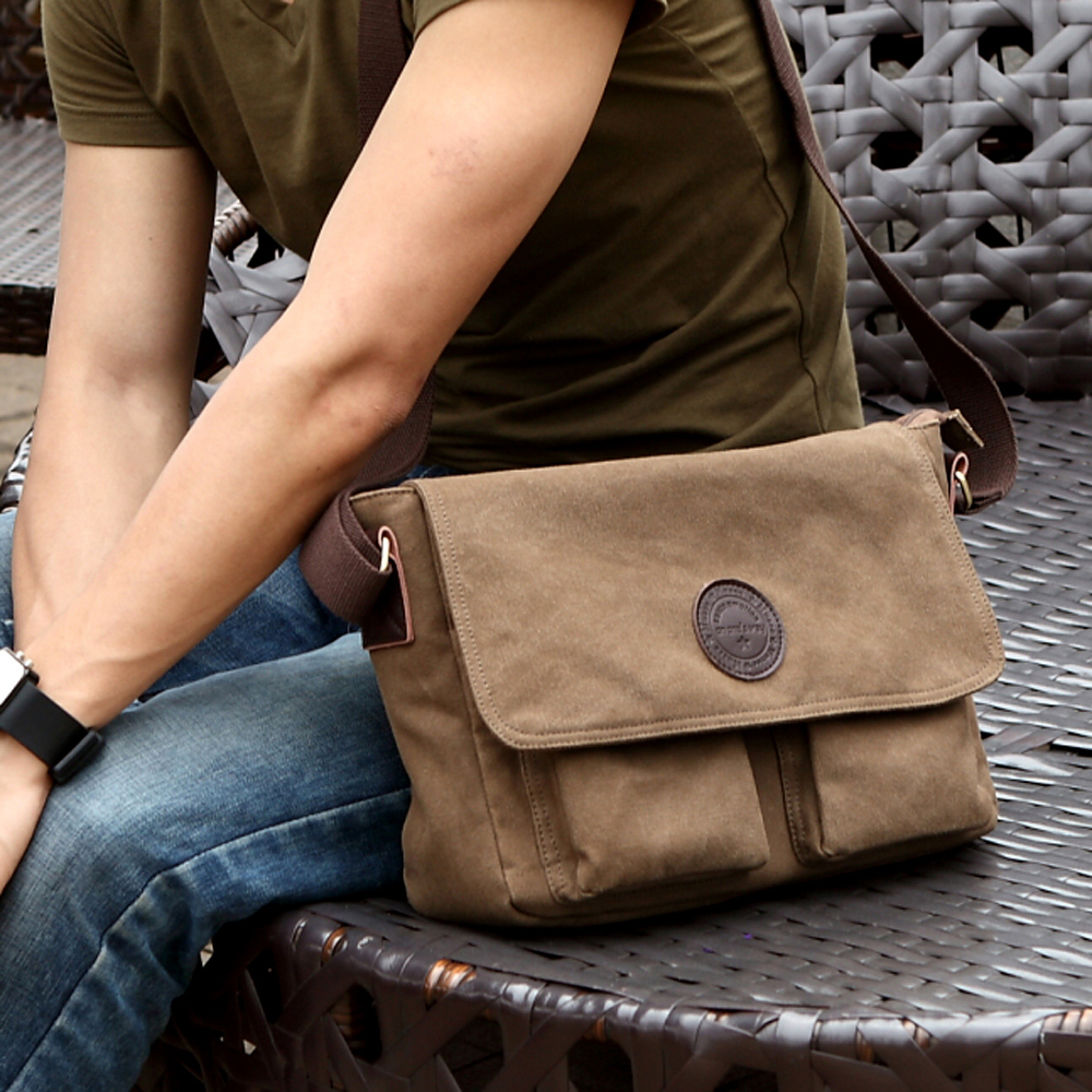 Korean  Retro men's Shoulder Canvas Bag