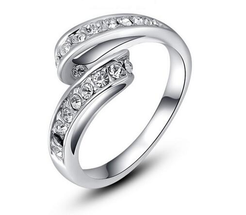 Korean Crystal Patinum Diamond Ring
