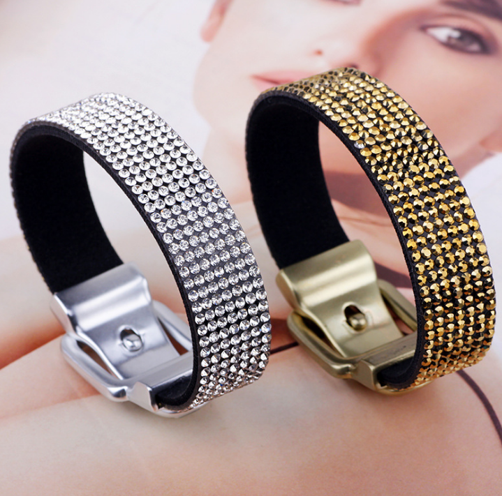 Features Full Diamond Jewelry Bracelet