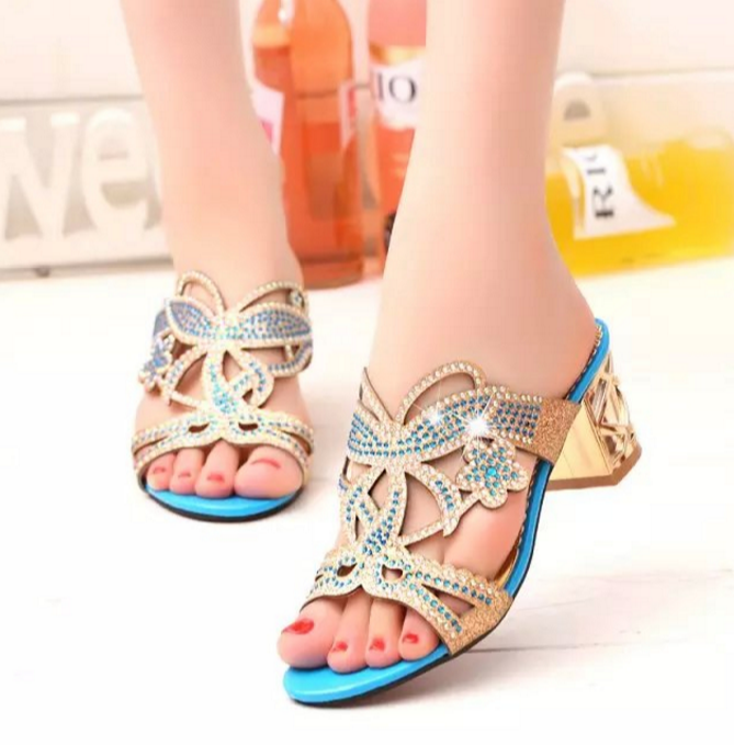 Fashion Diamond Thick High-heeled Sandals