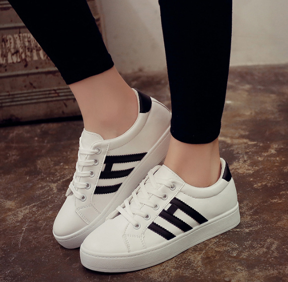Korean Women's Casual Flat Round Head Sneakers Shoe