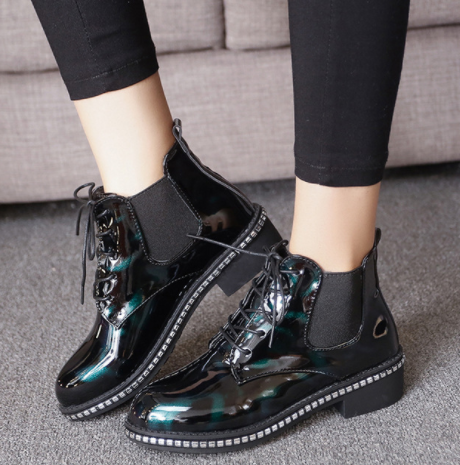 Women's London Style Vintage Patent Leather Lacing Chelsea Boots