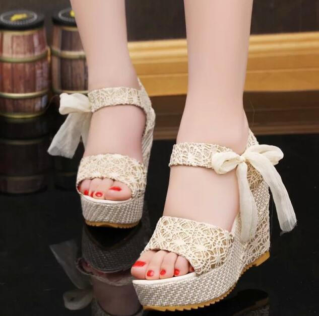Bohemian Fashion Simple Elegant Lace Ribbon Strap Peep-toe Designed High-heels Wedges Sandals