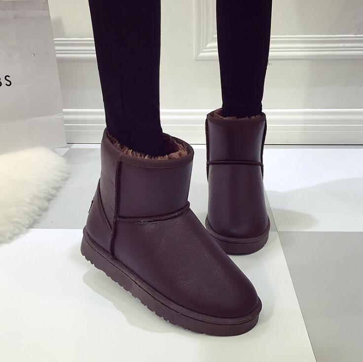 Korean Ladies Fashion Warm Insole Thick Woolen Designed Anti-skid Waterproof Ankle Boots