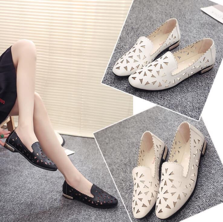 Korean Women's Outdoor Classic Hollow Pattern Design Comfortable Flat Moccasin Shoes