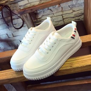 Classic White Color Korean Student Ladies Fashion Thick Muffin Bottom Designs Leisure Sneaker Shoes