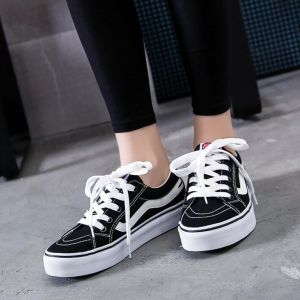 Simple Leisure In-styles Ladies Men Plains Color Thick Color Designs Young Girl Canvas Sneakers