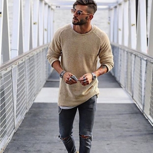 Men's Fashion Round Neck Solid Color Long Sleeve Bottoming Sweater