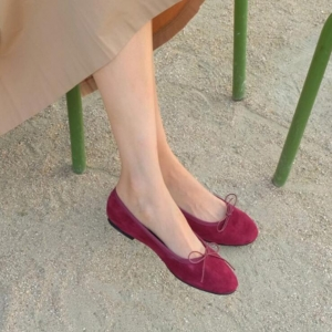 Korean Women's Fashion Bow Decoration Retro Solid Color Round Head Shallow Mouth Suede Flat Shoes