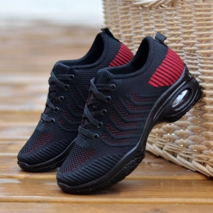 Women's Fashion Stripe Pattern Round Head Breathable Casual Sport Shoes